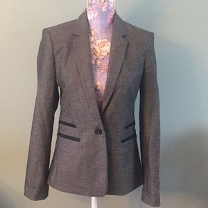 Express Size 6 Black Gray Long One button blazer